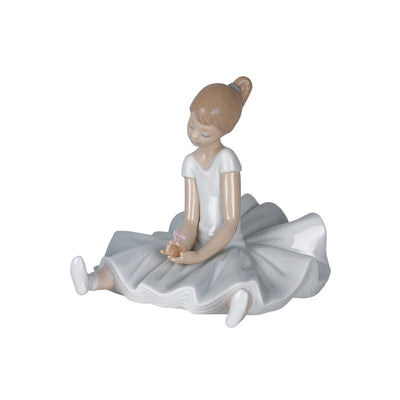 Nao by Lladro Dreamy Ballet Figurine