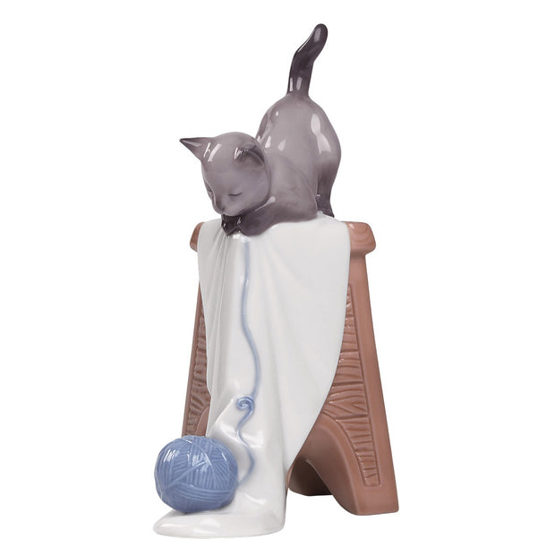 Nao by Lladro Kitten Playtime Figurine