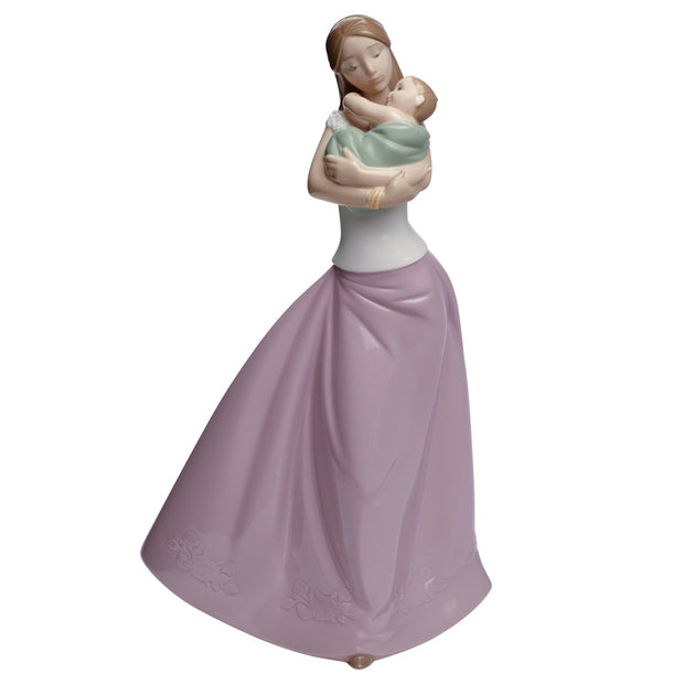 Nao by Lladro Loving Lullaby Figurine