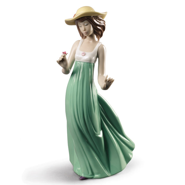 Nao by Lladro Gentle Breeze Figurine (Special Edition)