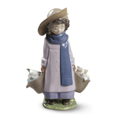 Nao by Lladro Don't Wake Us Up Figurine