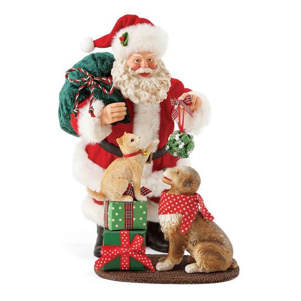 Possible Dreams Clothtique Mistletoe & Holly Santa Figurine