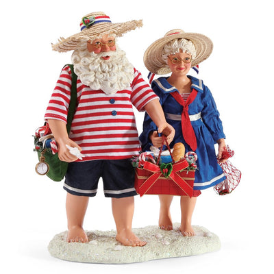 Possible Dreams Clothtique Sandy Toes Santa & Mrs. Claus Figurine