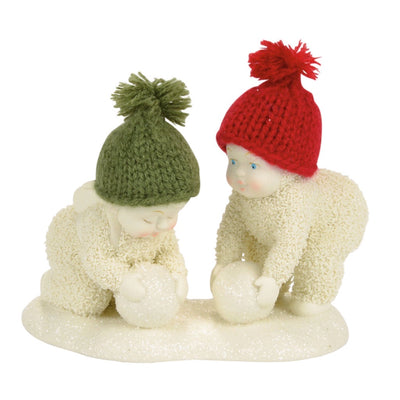 Snowbabies Making Snowballs Figurine