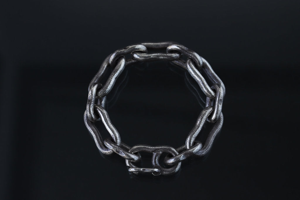 LYNCH SILVER SMITH DOGBONE BRACELET