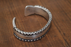 JAMES FAKS FLAT WIRE BANGLE