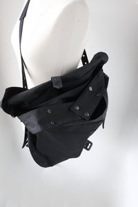 BLACK SIGN BRITISH OILED COTTON HUNTING BAG