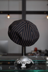 BLACK SIGN PLAYING CARD BERET