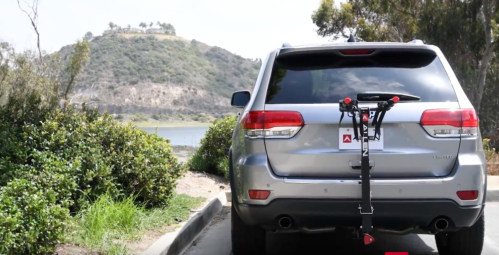 DELUXE LOCKING HITCH RACK INSTALLATION