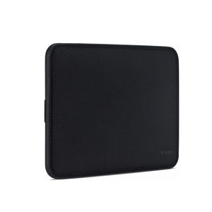 "Incase Icon Sleeve with Diamond Ripstop for MacBook Pro Retina 13"" -Black"