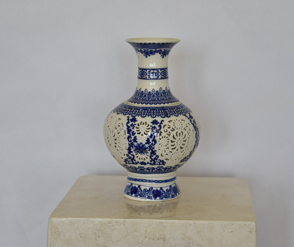Blue and white vase / incense burner China - Exquisiti