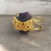 Load image into Gallery viewer, Amethyst Lava Bracelet