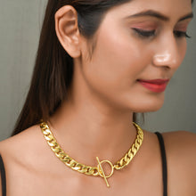 Load image into Gallery viewer, Statement Chain Short Choker Necklace
