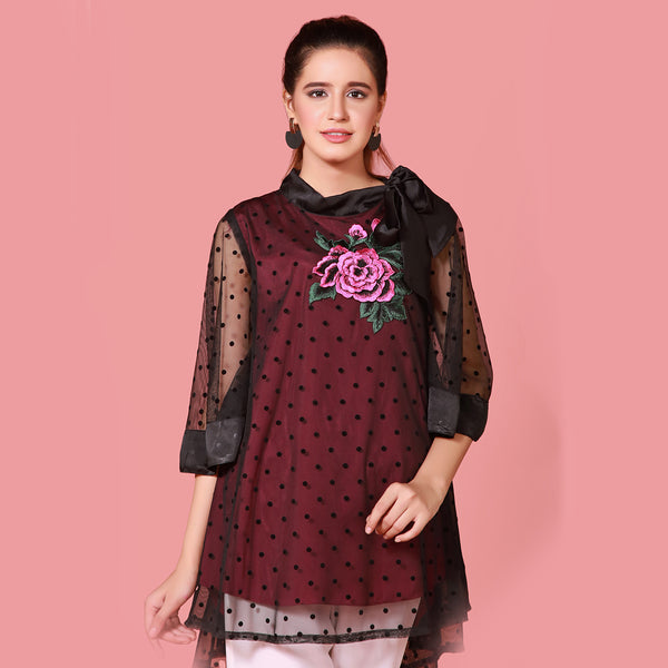 BLACK EMBROIDERED TOP (SFA2008TU15)