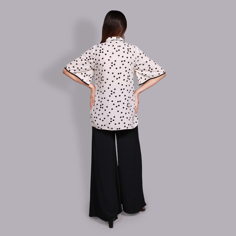 OFF-WHITE POLKA DOTS TOP (SSP2104TU22)