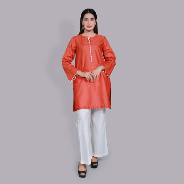 ORANGE EMBROIDERED TOP (SSP2104TU18)