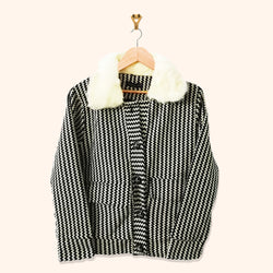 BLACK AND WHITE PRINTED JACKET