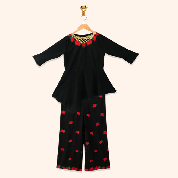 BLACK TROPICAL EMBROIDERED TWO PIECE SUIT