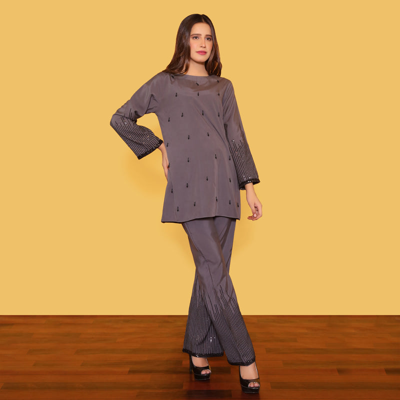 GREY EMBROIDERED TWO PIECE SUIT (SWI2010SU39)