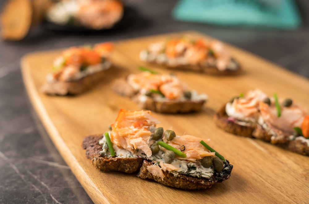 Smoked Salmon Crostini with Cream Cheese, Dill & Capers with Unbun's Mini-Baguettes