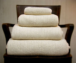 Organic Cotton Woven Blankets