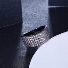Load image into Gallery viewer, Purple Swarovski Five Lining Cocktail Black Gun Plating Ring