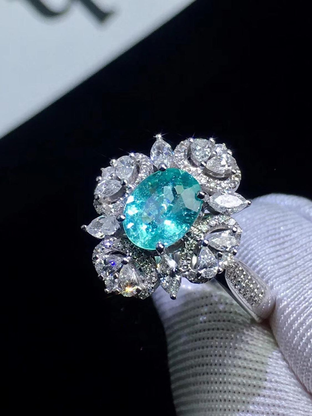 Paraiba Tourmaline Pendant Pure 18 K Gold Jewelry Real Paraiba Tourmaline Gemstone 0.91ct AGL Certificate Pendant Necklaces