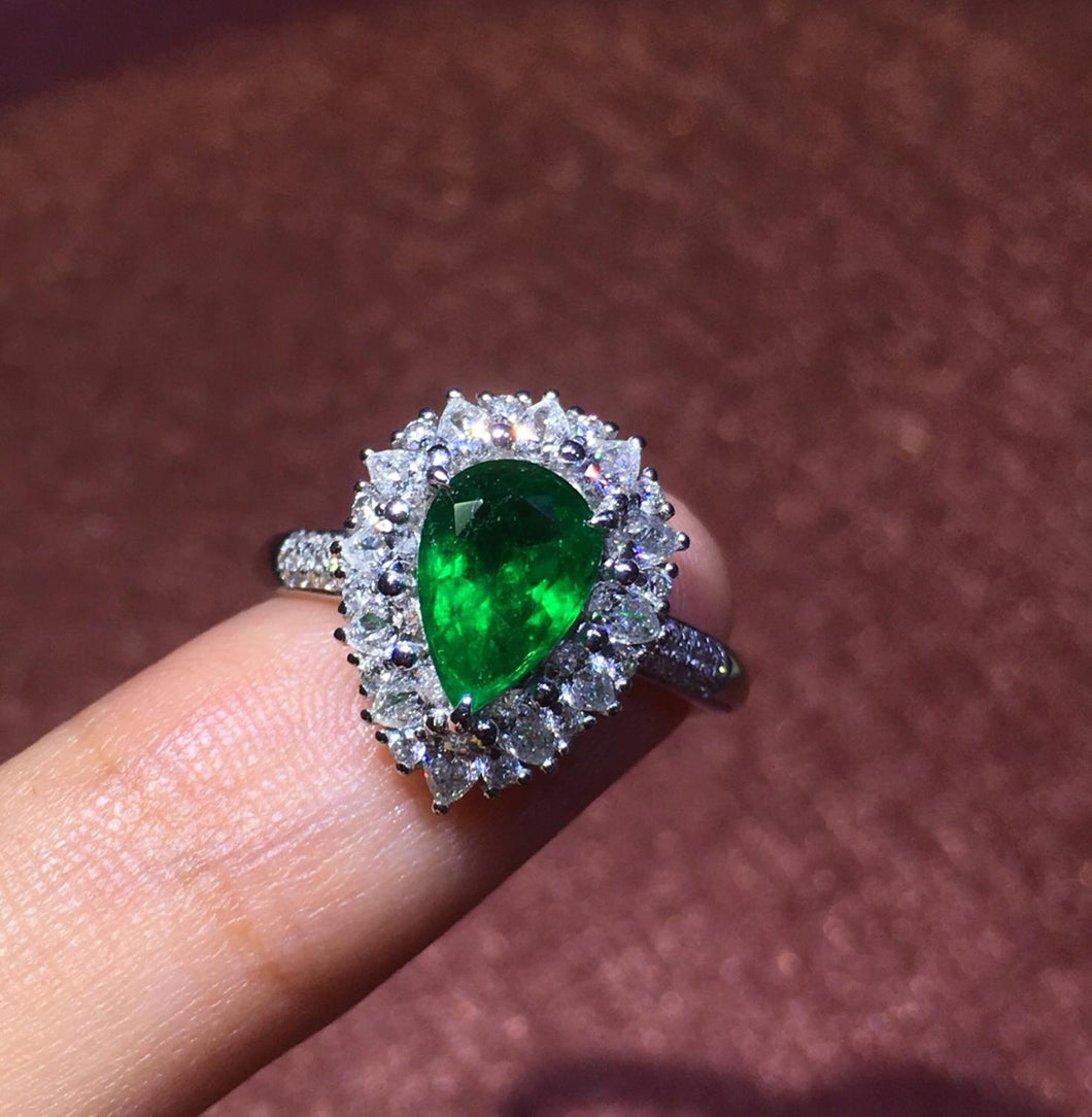 Fine Jewelry 18 K Real Diamonds 18K White Gold Natural Emerald Gemstones 1.03ct Female Wedding Rings for women Fine Ring