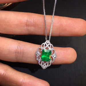 Fine Jewelry AIGS Certificate Real 18K White Gold AU750 Natural Green Emerald 1.67ct Gemstones Pendants for Women Fine Necklace