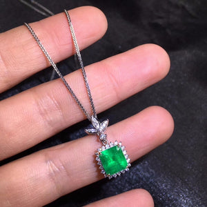 AIGS Fine Jewelry Certificate Real 18K White Gold AU750 Natural Green Emerald 2.08ct Gemstones Pendants for Women Fine Necklace