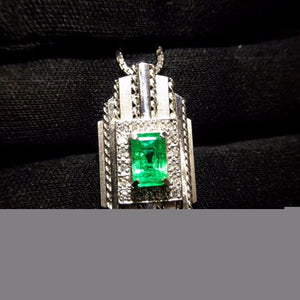 Fine Jewelry Real Pure 18 K White Gold Jewelry AU750 Natural Green Emerald 1.55ct Gemstones Pendants for Women Fine Necklace