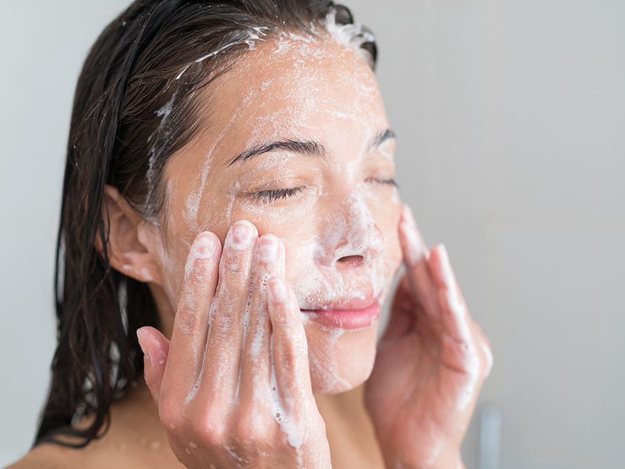 How to Treat Acne Prone Skin