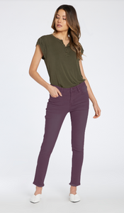 Gisele High Rise Skinny Jeans in Syrah