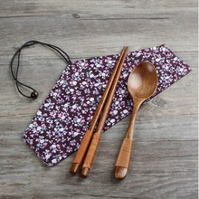 Wooden utensil set with cloth bag
