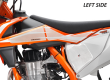 Load image into Gallery viewer, FIT 2015-19 KTM 125/150/250/300/350/450/500/SX/XC-W/XC/XC-F/XC-W/EXC-F HDR SIDE PAD(VARIOUS MODELS) - Onedesign Corp