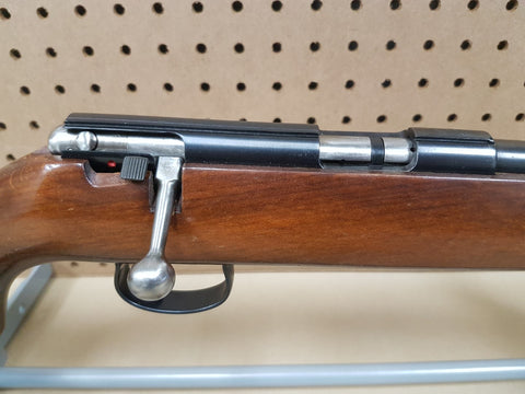 USED* ANSCHUTZ 22LR MODEL 1402A – Extreme Range Outfitters