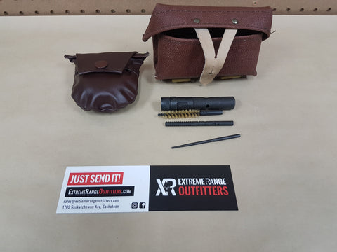 *AUCTION*  OLD GUN CLEANING KIT