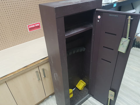 *AUCTION* USED GUN SAFE