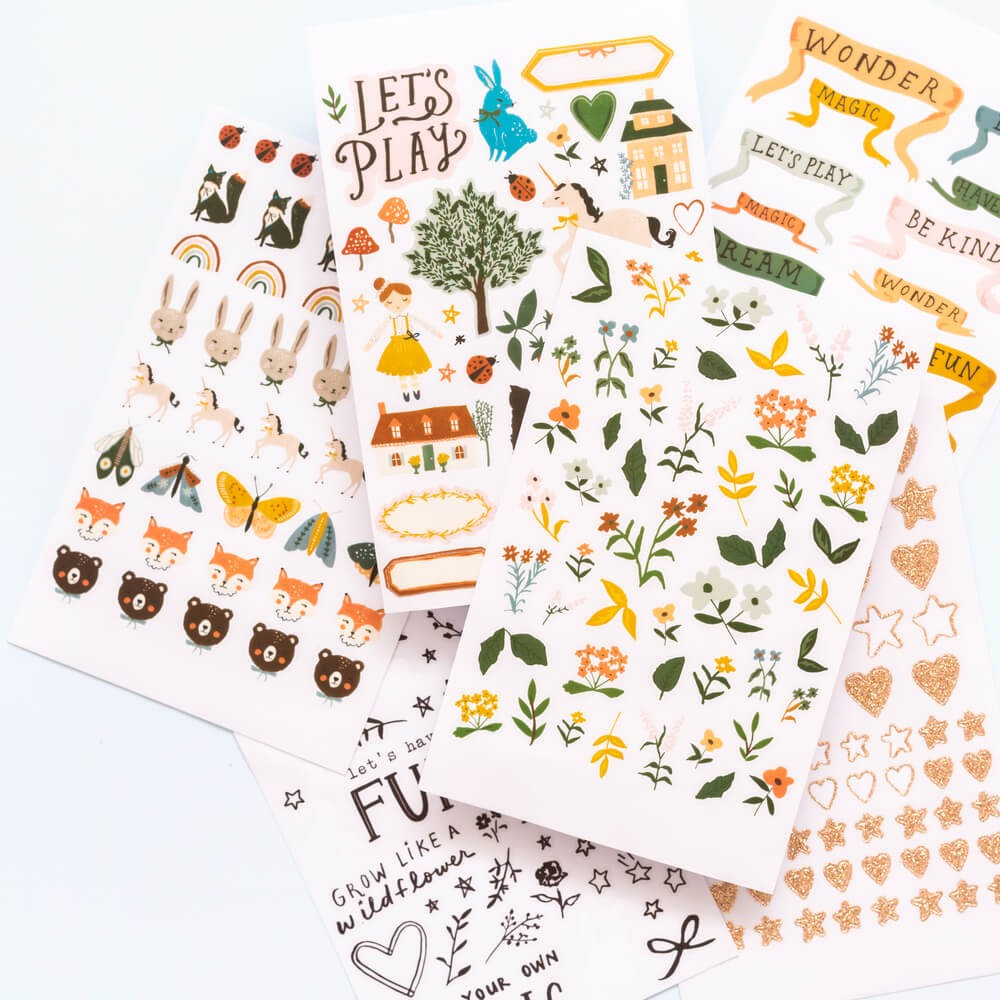Libro de STICKERS - Magical Forest