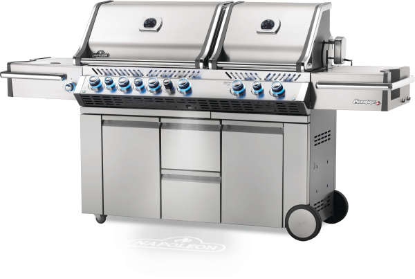 Prestige Pro 825 LP - With Rear and Side Burner