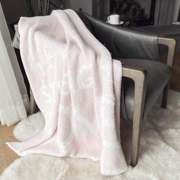 Pink Throw Blanket - DREAM 7