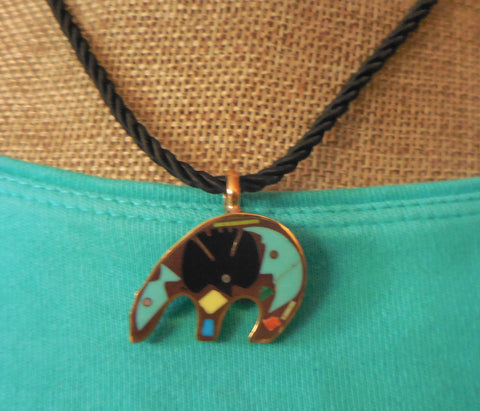 SMALL BRONZE BEAR-SHAPED PENDANT