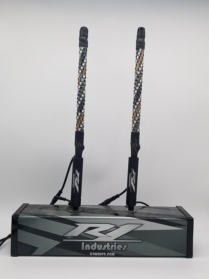 "Wildcat Extreme 18"" Whips Pair R1 Industries"