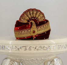 Load image into Gallery viewer, Wedding Turban & Stole/Dupattawedding accessories