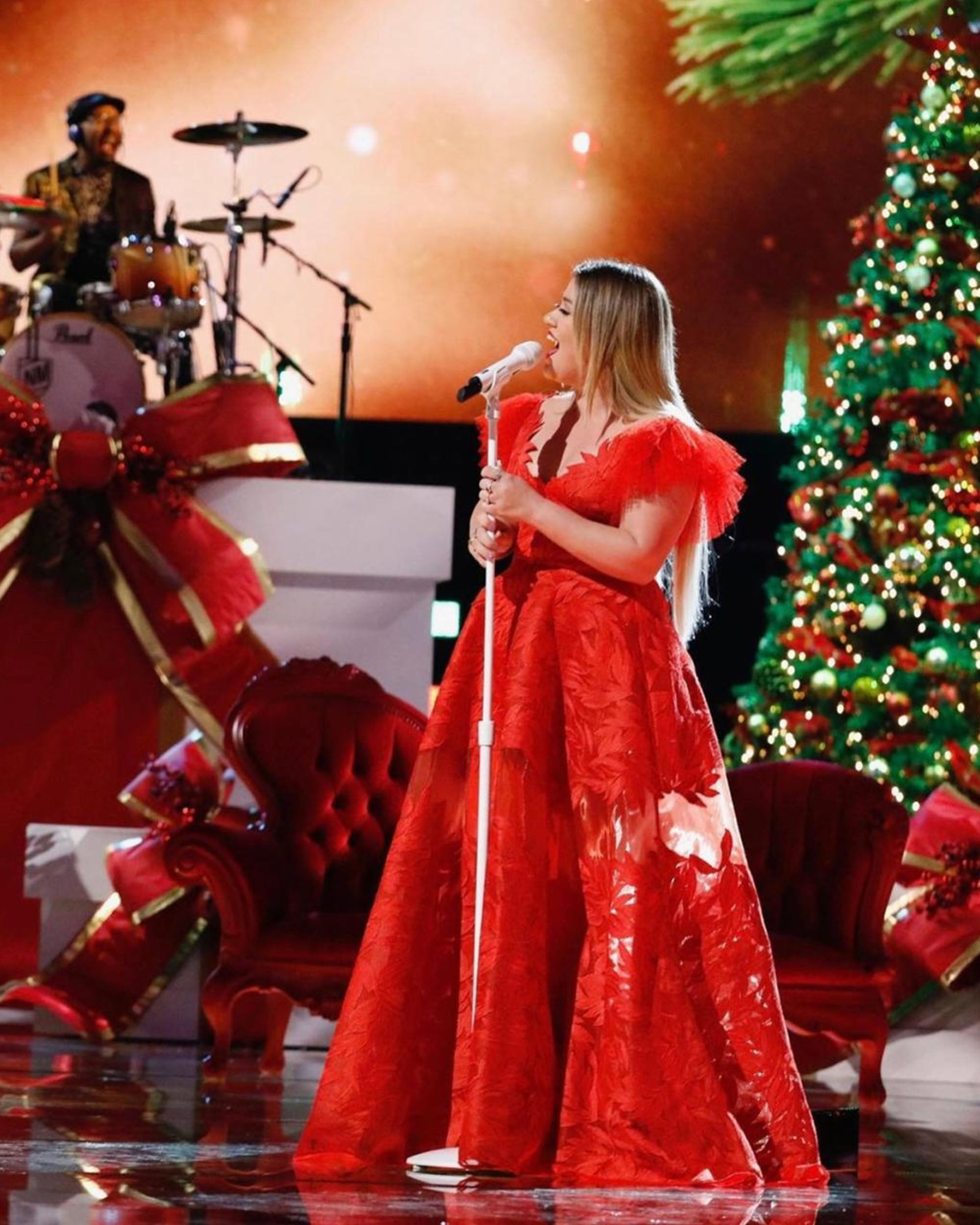 Kelly Clarkson At NBC The Voice
