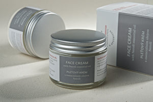 Face Cream with Neroli Essential Oil