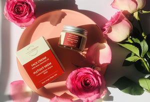 Face Cream with Rose Essential Oil
