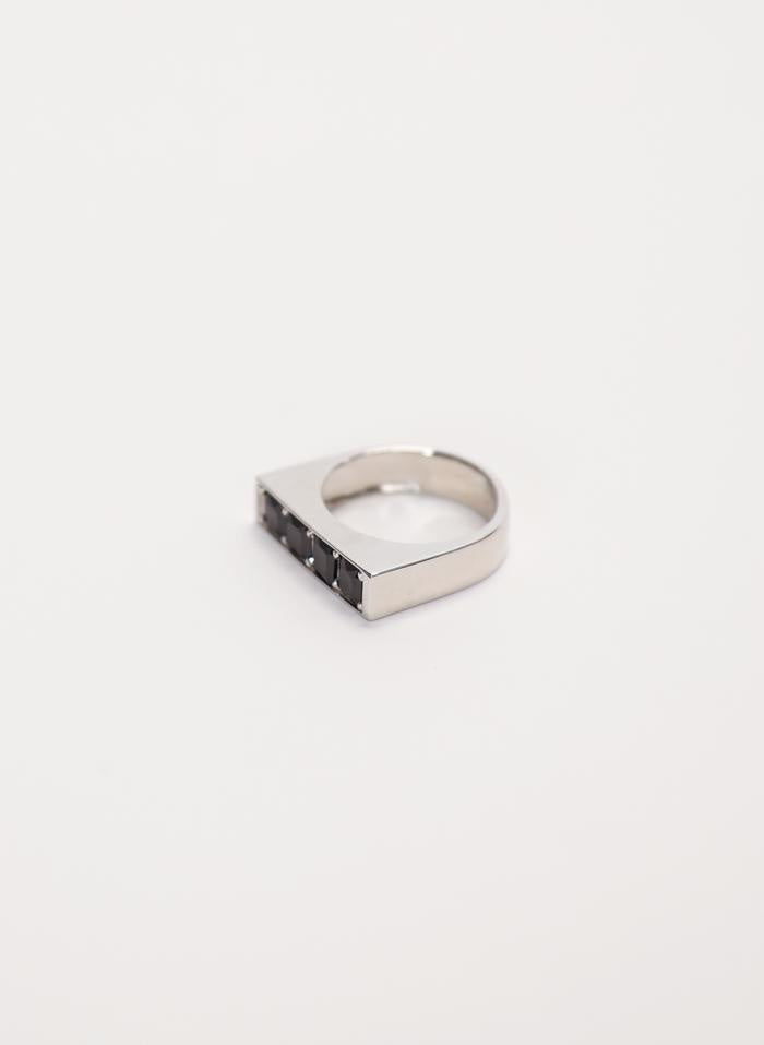 BE MINE RING SILVER/BLACK