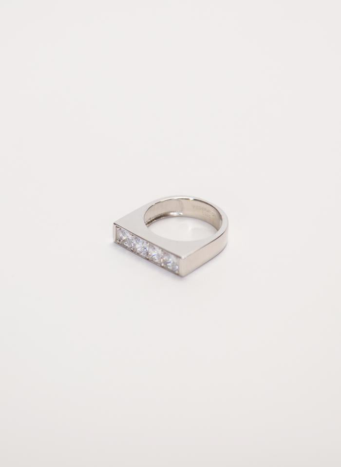 BE MINE RING - SILVER/CLEAR
