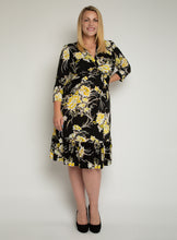 Load image into Gallery viewer, J by Jolie Moi Print Flounce Hem Midi Dress, Yellow Floral